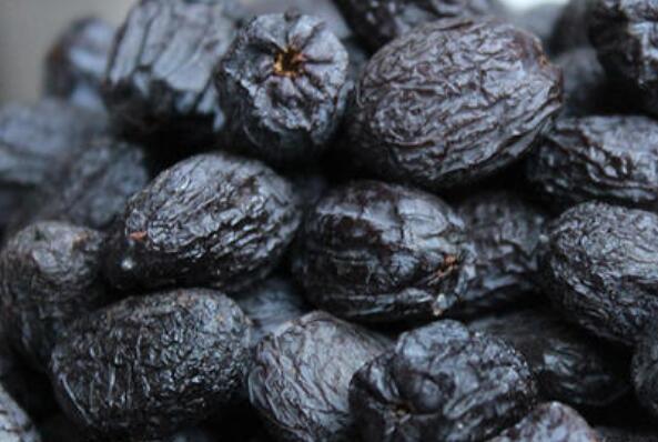 黑柿枣有什么功效和作用 吃黑柿枣的好处有哪些