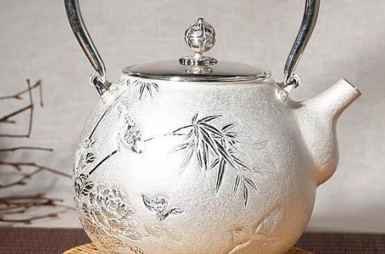 银茶壶第一次用怎么处理 银壶首次使用方法