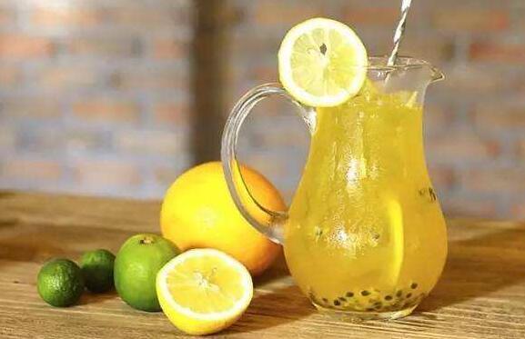 百香绿茶如何做 百香绿茶的做法窍门