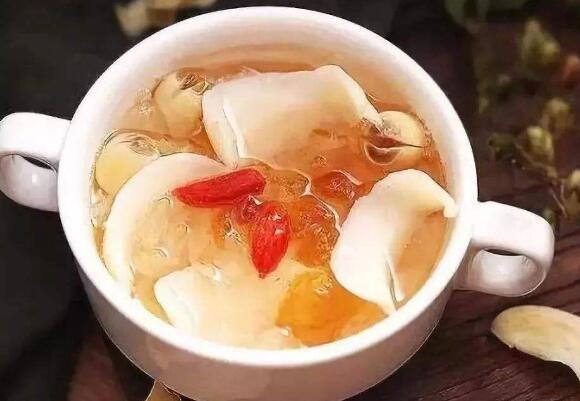 百合莲子茶有什么功效和作用 百合莲子茶怎么做