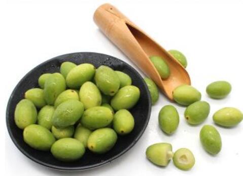 女人吃橄榄的好处有哪些 女人吃橄榄的坏处