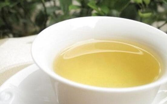 女人喝沙棘汁有什么功效和作用 女人喝沙棘汁的好处